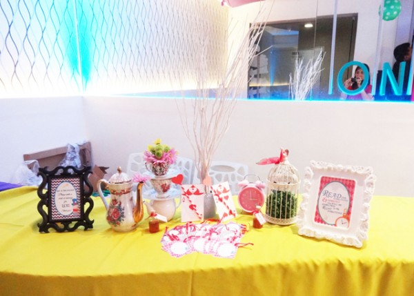 Alice in Wonderland Themed Party - 26