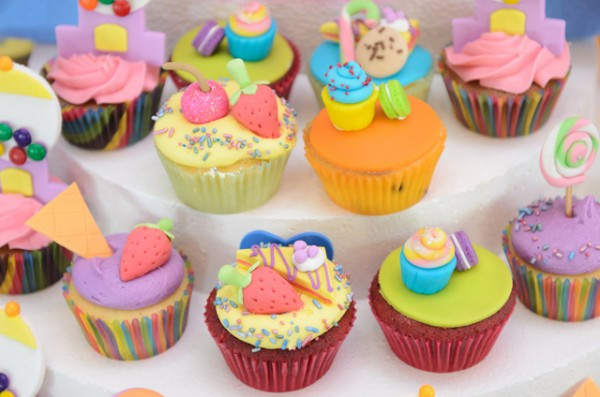 Colorful Candyland Birthday Party - 10