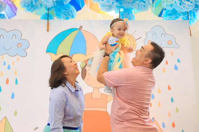 Happy Clouds and Raindrops Party - 07