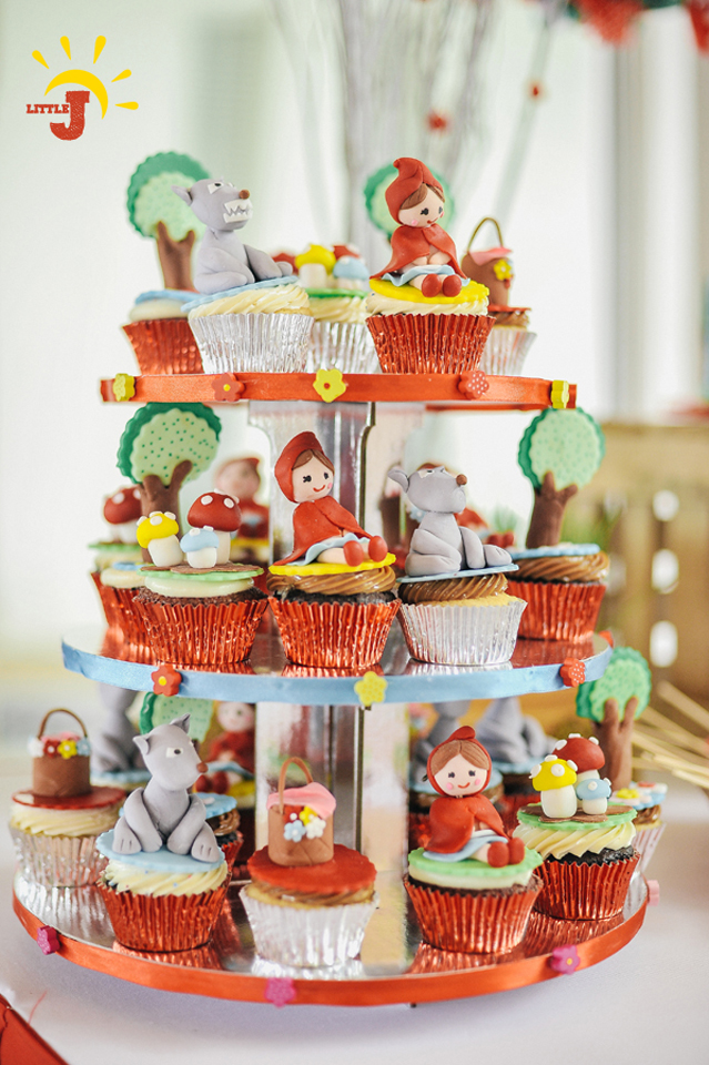 Little Red Riding Hood Birthday Party - 25
