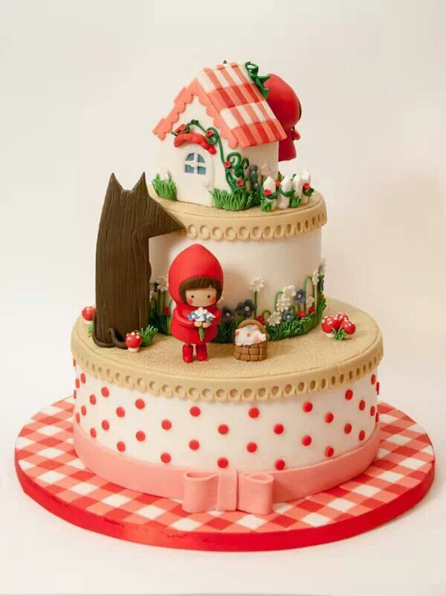 little-red-riding-hood-cake-8
